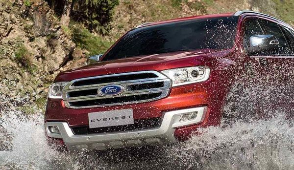 Ford-Everest-vuot-nuoc