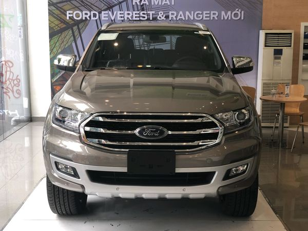 den-suong-mu-ford-everest-forddaily-1