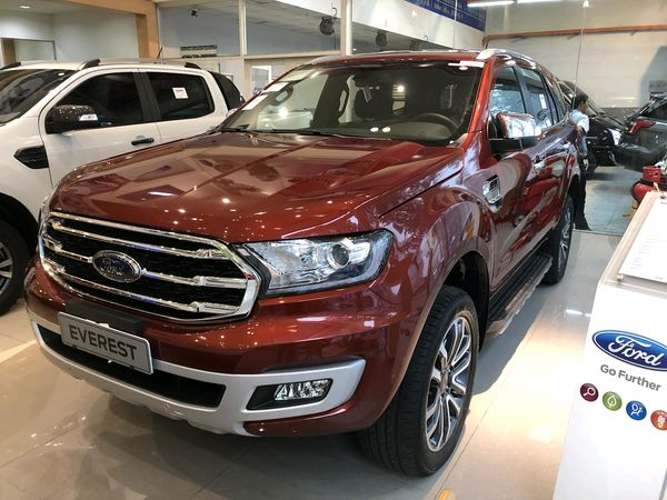 ngoai-that-ford-everest-forddaily-2