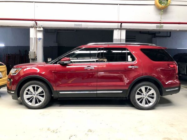 ngoai-that-ford-explorer-2